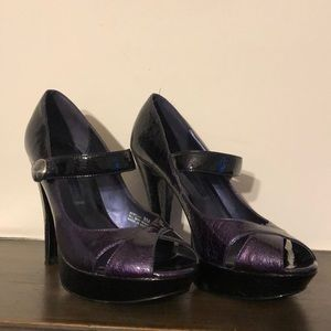 Chinese laundry purple and black heels size 8
